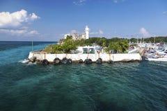 Het varen de Toeristentoevlucht Cozumel Mexico van Schepenmarina tropical caribbean sea harbor stock afbeeldingen