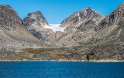 Het varen het noorden van Nuuk, Groenland stock foto's