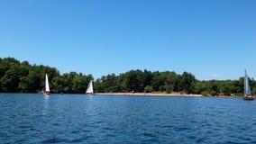 Het varen op het meer Stock Foto