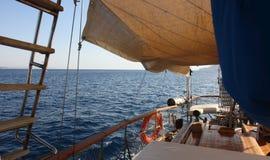 Het varen op het Rode Overzees Royalty-vrije Stock Afbeelding