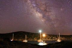 Het varen van de Melkweg Stock Afbeeldingen