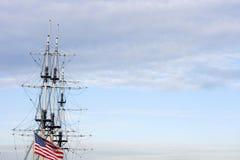 Het varen verscheept ons vlag 4de juli stock foto