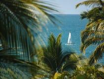 Het vastgestelde Zeil is Sunny Puerto Vallarta: Mexico! stock foto