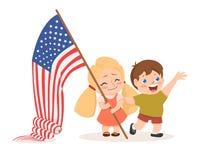 Het vector de onafhankelijkheidsdag van de V.S. 4 juli van letters voorzien, kinderen die vlag houden Stock Afbeeldingen
