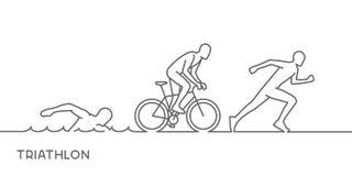 Het vector gouden triatlon van het lijnembleem Het zwemmen, het cirkelen en het lopen s Stock Afbeeldingen