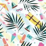 Het vector naadloze patroon van de de zomertijd met kleurrijke die strandelementen op witte achtergrond worden geïsoleerd De zome Stock Fotografie