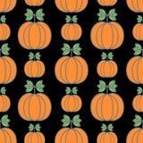 Het vector naadloze patroon van Halloween Decoratieve achtergrond met grappige tekeningspompoenen stock afbeelding