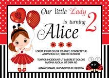 Het vectormalplaatje van de Verjaardagskaart met Leuk Meisje en Lieveheersbeestje stock illustratie