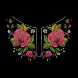 Het vectorontwerp van de borduurwerkhalslijn voor manier Bloemen en bladerenhalsdruk Borst geborduurde versiering royalty-vrije stock afbeeldingen