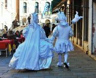Het venetiaans-stijlmasker, Venetië Carnaval is één van beroemdst in de wereld die, is zijn kenmerk de maskers, aan reli worden g stock fotografie
