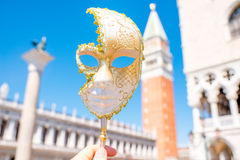 Het Venetiaanse Masker van Carnaval stock afbeeldingen