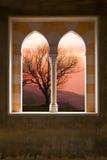 Het venster van de steen van een villa royalty-vrije stock fotografie