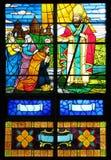 Het venster van het gebrandschilderd glas in kerk Stock Foto