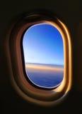 Het Venster van het vliegtuig stock afbeelding