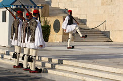Het Veranderen van Athene van de wacht in nationale kostuums Royalty-vrije Stock Afbeelding