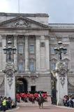 Het veranderen van de wacht bij Buckingham Palace Royalty-vrije Stock Fotografie