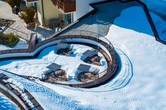 Het verbazende binnenlandse ontwerp van het KUUROORDterras met bergmening Stock Foto