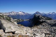 Het verborgen meer in het Noorden drapeert nationaal park stock afbeelding