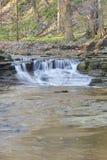 Het verdriet valt rivierstroomversnelling stock foto