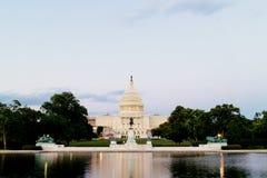 Het Verenigde Gebouw van het Standbeeldencapitool Stock Afbeeldingen