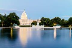 Het Verenigde Gebouw van het Standbeeldencapitool Stock Foto's