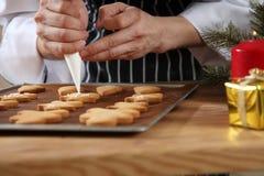 Het verfraaien van de mens van het gemberbrood Royalty-vrije Stock Foto