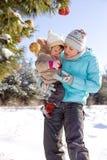 Het verfraaien van Kerstboom Royalty-vrije Stock Foto
