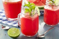 Het verfrissen van Eigengemaakte Watermeloen Agua Fresca Stock Afbeelding