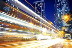 Het verkeer van de hoge snelheid en vage lichte slepen royalty-vrije stock afbeeldingen