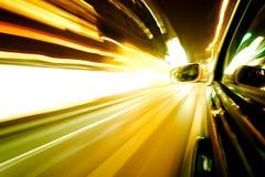 Het verkeer van de nacht stock afbeeldingen