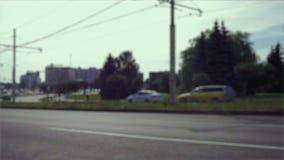Het verkeer van de stadsdag, uit nadruk stock video