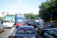 Het verkeer van Shenzhenshekou, in China Stock Foto's