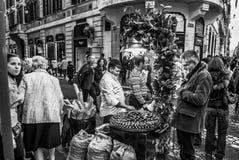 Het verkopen Marroni Rome Italië royalty-vrije stock foto