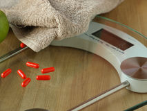 Het verlies van het gewicht door dieetpillen Royalty-vrije Stock Fotografie