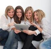Het vermaak van tabletpc Royalty-vrije Stock Afbeeldingen