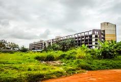 Het vernietigde hotel in Monrovia Liberia, West-Afrika Royalty-vrije Stock Fotografie