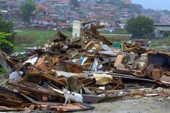 Het vernietigde puin van krottenwijkhutten, Maksuda Varna Royalty-vrije Stock Fotografie