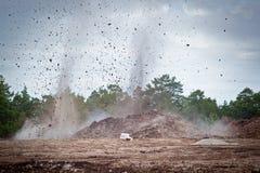 Het vernietigen van kalksteen in een quarry.gn  stock afbeelding