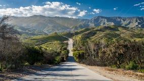 Het verre wegnoorden naar Santa Barbara van Ojai Californië stock foto's