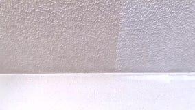 Het verschil tussen het geschilderde plafond stock videobeelden