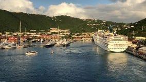 Het vertrek van het cruiseschip van St Thomas