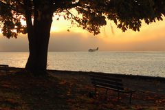 Het Vertrek van Vancouver Floatplane, de Ochtend van de Herfst Royalty-vrije Stock Afbeeldingen