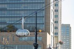 Het vertrekken OHSU van AirTram van de Trimet de luchttram bouw stock foto
