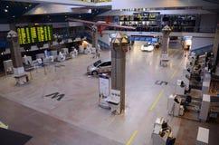 Het vertrekzaal van de Vilnius Internationale luchthaven Royalty-vrije Stock Afbeelding