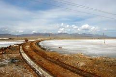 Het vervoer in Caka Salt Lake Royalty-vrije Stock Foto's