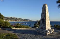 Het Veteranenmonument in Heisler-Park in Laguna Beach, Californië wordt gevestigd dat Stock Afbeelding