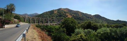 Het viaduct van de spoorweg Stock Fotografie