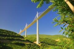 Het viaduct van Millau, Frankrijk Stock Afbeeldingen