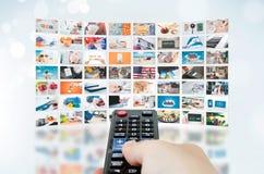 Het videomuurtelevisie-uitzending van verschillende media stock fotografie