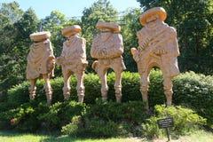 ` Het Vier Amigo's` beeldhouwwerk door kunstenaar Garret McFann in Hamilton, NJ Stock Afbeelding